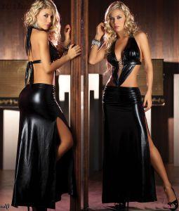 Черное длинное платье с эффектом влажной ткани